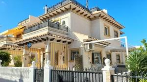 2 bedroom Rijtjes Huis te koop in Playa Flamenca