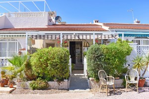 2 bedroom Bungalow for sale in Torrevieja