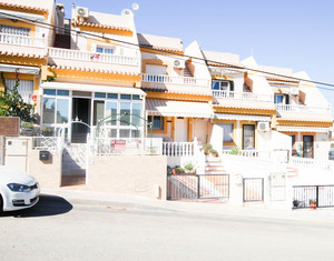 3 bedroom Townhouse for sale in San Miguel de Salinas