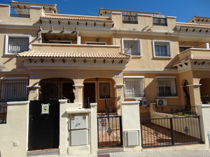 3 Bedroom 2 Bathroom Townhouse in Villamartin