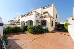 3 bedroom House for sale in Entre Naranjos