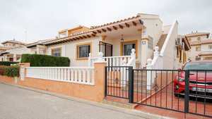 2 bedroom Bungalow for sale in Campoamor