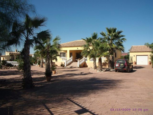 4 Bedroom 3 Bathroom Detached Villa in Catral
