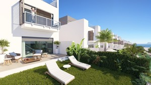 4 bedroom Townhouse for sale in Manilva