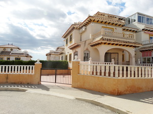 2 bed 2 bath quad in Cabo Roig