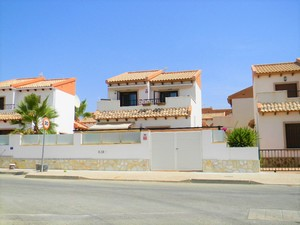3 bed 2 bath detached villa for sale in Villamartin