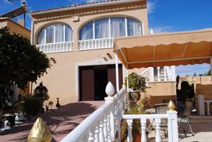 5 Bedroom 3 Bathroom Detached Villa in Los Balcones