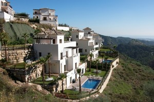 6 bedroom Villa for sale in Benahavis