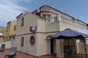 2 bedroom Townhouse for sale in El Galan