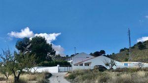 7 bedroom Finca for sale in Pinoso