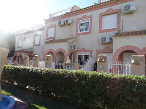 2 Bedroom 1.5 Bathroom in Playa Flamenca