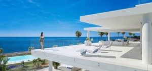 4 bedroom Penthouse for sale in Estepona