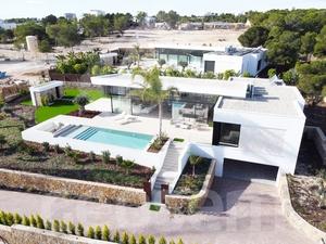 Luxury 4 Bedroom Villa for in award winning Las Colinas Golf Resort