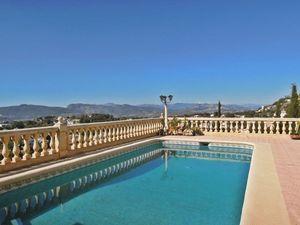 6 Slaapkamer Villa te koop in Javea