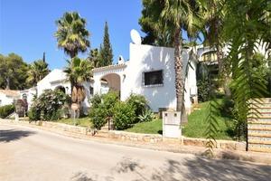 Villa de 2 dormitorio se vende en Javea
