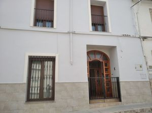 4 bedroom Townhouse for sale in Oliva