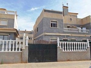 3 bedroom Villa se vende en Orihuela Costa
