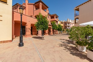 3 bedroom Apartment for sale in Hacienda del Alamo