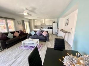 Modern 4 slaapkamer appartement te koop in Javea