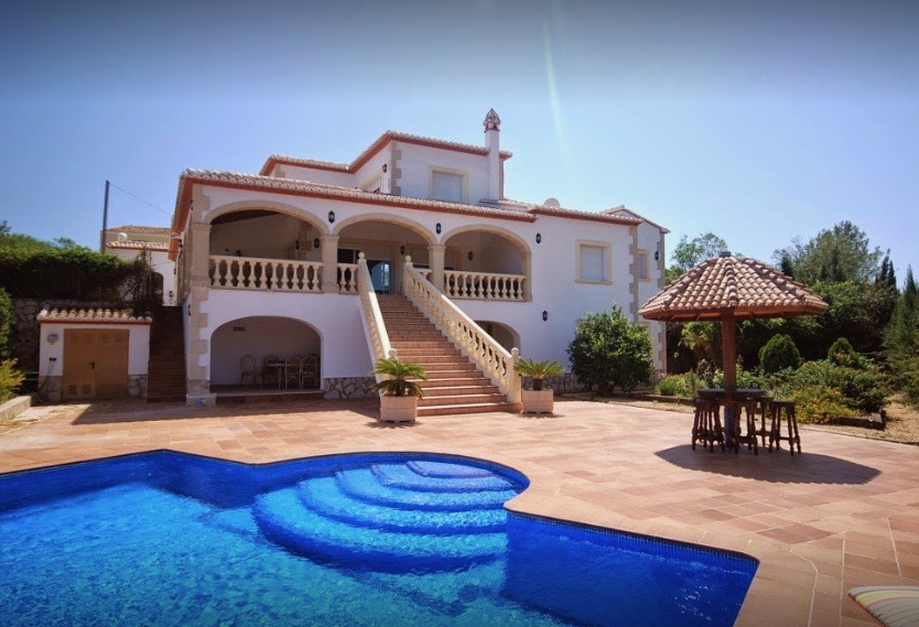Villas for sale La Lluca Javea