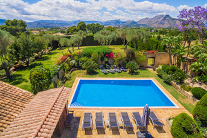 Finca with large plot for sale in La Xara