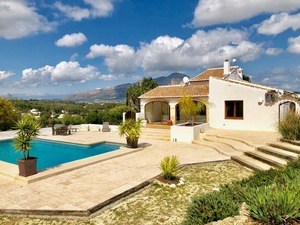 La Lluca Javea villa for sale