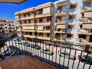 Furnished apartment to let in Javea Port