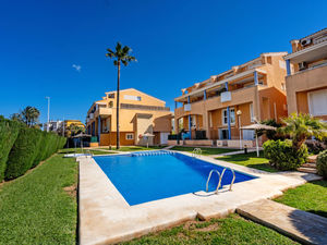 Ground floor long term rental Javea, Arenal.