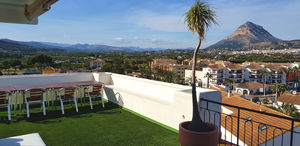 Top floor apartment to let Javea Arenal.