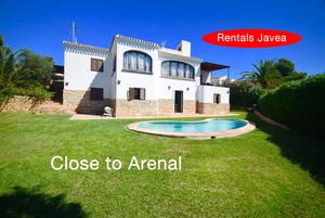 5 bedroom Villa to rent in Javea