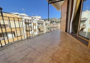 Top floor apartment to let in Javea Port