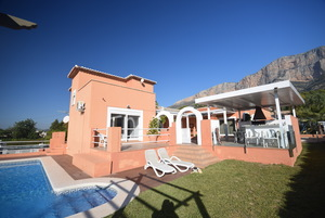 4 bedroom villa for sale in Javea Montgo.