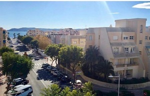 South facing top floor apartment for long term let Javea.