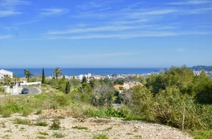 Plot for sale in Javea with views of Montgo and Sea Views