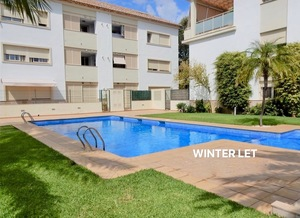 Penthouse apartment to let in Javea Port