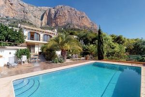 Modern villa on Montgo Javea for sale