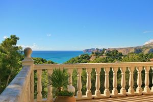 House with sea views for sale in Javea