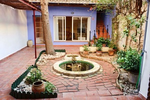 Townhouse to let in Javea Old Town