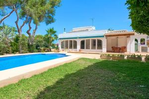 Unfurnished villa to let Javea