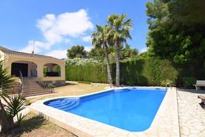 Villas for sale in Adsubia Javea