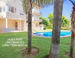 Apartamento sin muebles en alquiler en el puerto de Javea.