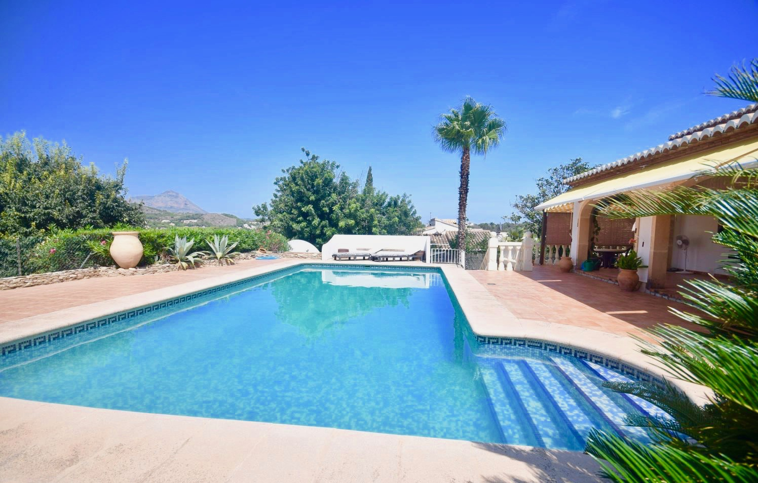 Single storey houses for sale in javea
