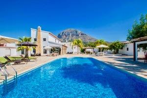 Villa moderna en venta en Valls Javea