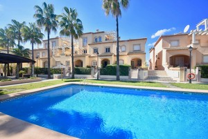 Townhouse for sale in Avenida Augusta Javea