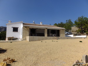 Beniarbeig South Facing Finca For Sale