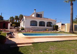 3 Bedroom Villa with Sea Views in Javea