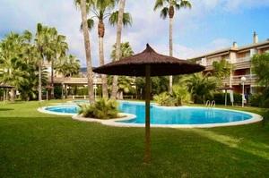Long Term Rental Apartment in Javea with Pool