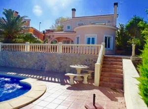 Modern villa for sale in Gata de Gorgos