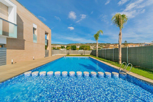 Nieuwbouw gelijkvloers appartement te koop in Javea