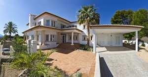 Villa moderna en venta en el casco antiguo de javea
